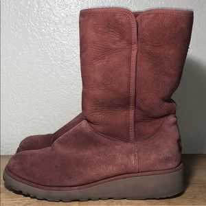 Women Boots UGG  SZ 7.5 US Red Marrón Mid Calf
